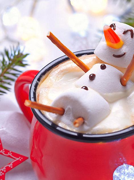 Den Advent genießen - zum Beispiel mit einer Tasse heißer Schokolade