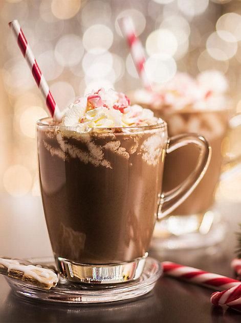 Süße Verführung: heiße Schokolade macht glücklich