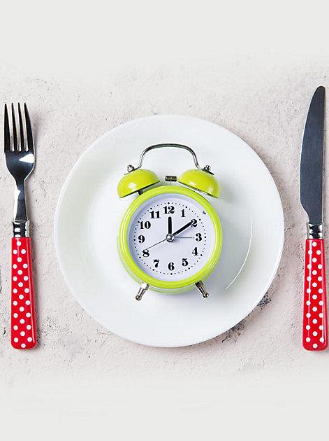 Essen nach der Uhr: Intervallfasten