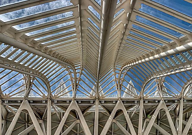 Beeindruckende architektur von valencia tischaufsteller for Architektur valencia