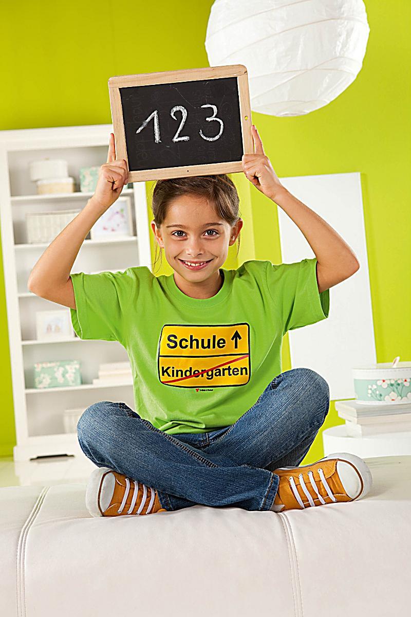 fun shirt kindergarten schule hellgr n gr e 122 128. Black Bedroom Furniture Sets. Home Design Ideas