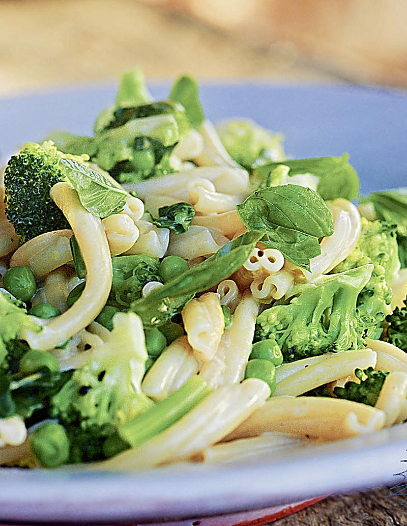 Grüne Küche greenbox tim mälzers grüne küche buch portofrei bei weltbild at