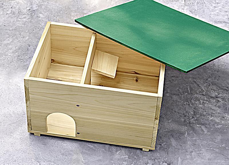 igelhaus jetzt bei bestellen. Black Bedroom Furniture Sets. Home Design Ideas