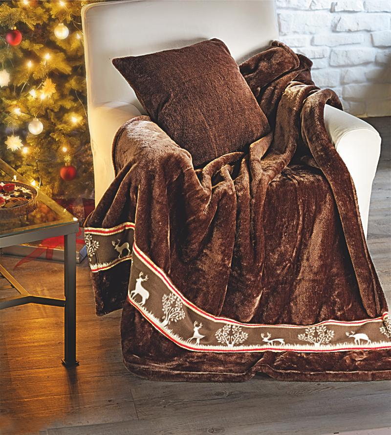 kuscheldecke elch plus kissen jetzt bei bestellen. Black Bedroom Furniture Sets. Home Design Ideas