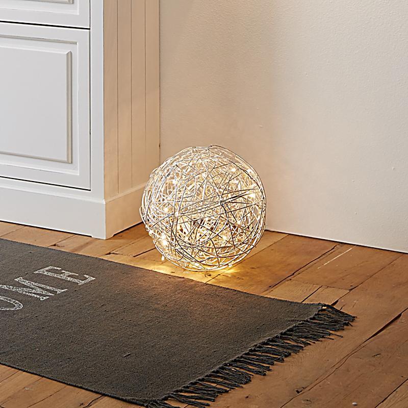 miavilla bodenleuchte ball silber metallic. Black Bedroom Furniture Sets. Home Design Ideas