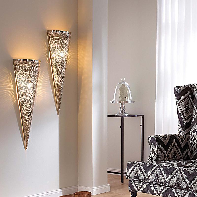 Orientalische wandleuchte aus metall silberfarben for Orientalische wandlampen metall