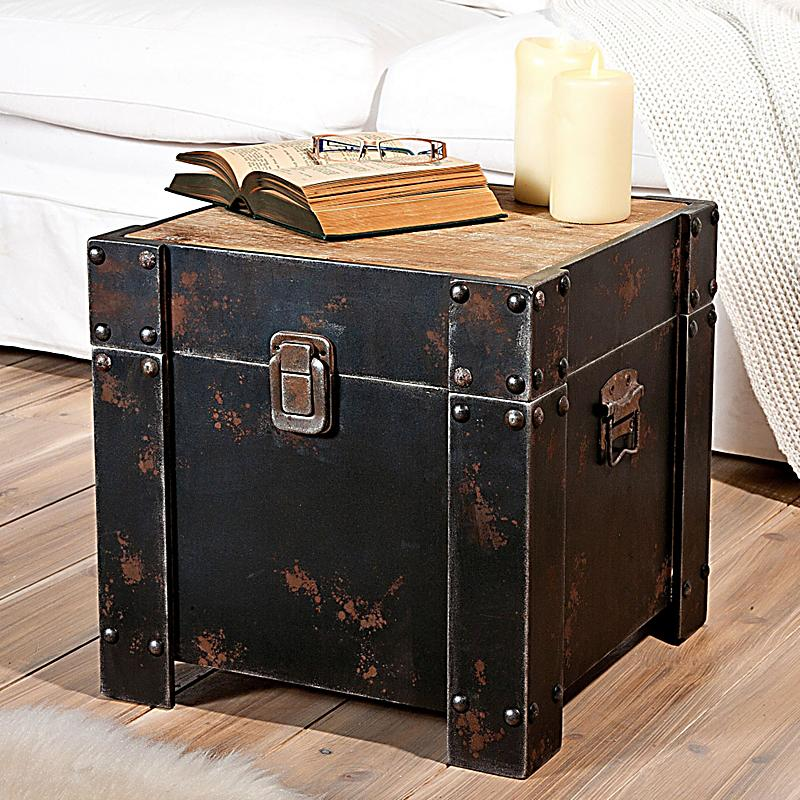 truhe aus holz jetzt bei bestellen. Black Bedroom Furniture Sets. Home Design Ideas