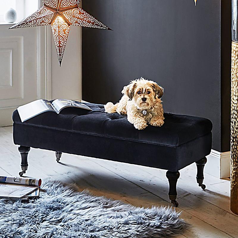 truhenbank schwarz jetzt bei bestellen. Black Bedroom Furniture Sets. Home Design Ideas