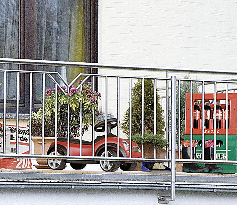 wenko sichtschutz mauer f r balkon und terrasse. Black Bedroom Furniture Sets. Home Design Ideas