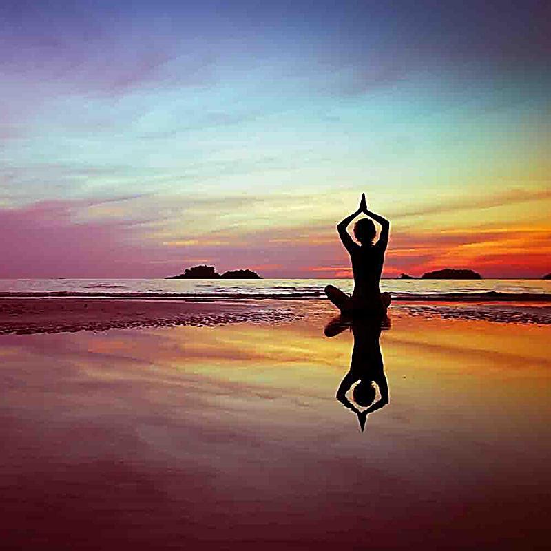 yoga surya namaskara 2018 kalender bei bestellen. Black Bedroom Furniture Sets. Home Design Ideas