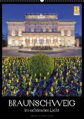 Braunschweig im schönsten Licht (Wandkalender 2018 DIN A2 hoch), Christine Berkhoff
