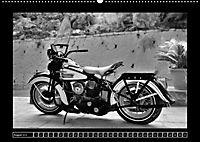 Harley Davidson WLA 750 in Schwarzweiss (Wandkalender 2018 DIN A2 quer) Dieser erfolgreiche Kalender wurde dieses Jahr m - Produktdetailbild 8