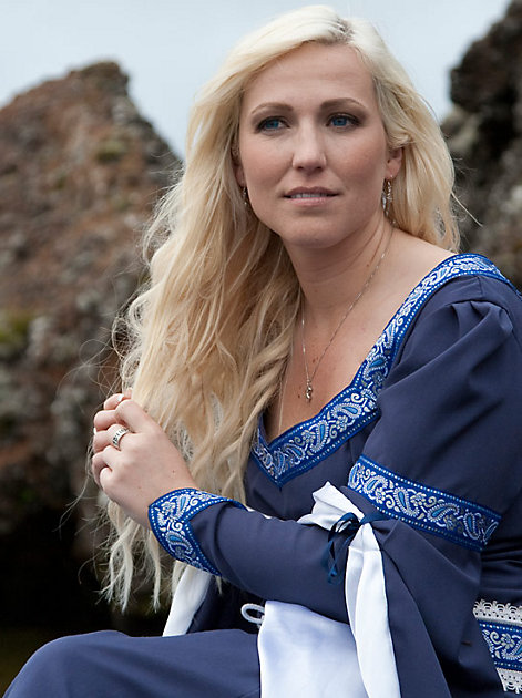 Runenmeisterin Freya Onassis