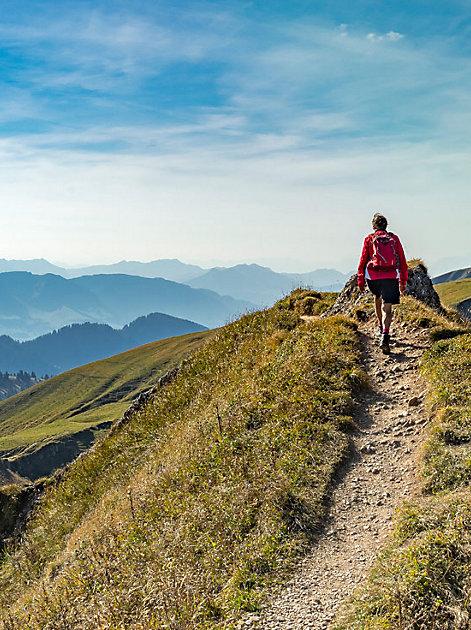 Wenn der Gipfel ruft: Die neue Wanderlust