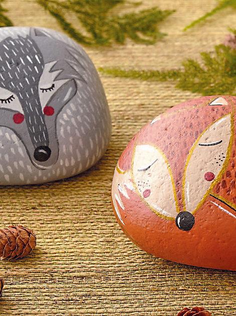 Steine bemalen: So malen Sie lustige Tiere auf Steine