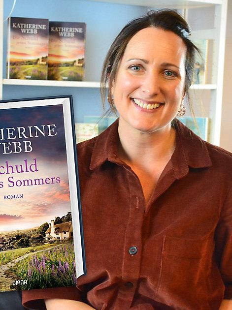 """Gewinnen Sie 10 signierte Exemplare des Romans """"Die Schuld jenes Sommers"""""""