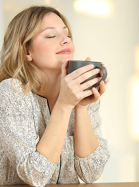 """""""Genieße den Moment"""" mit einer Tasse oder einem Glas Tee."""