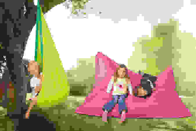 Sitzsäcke und Hängehöhle zum Relaxen