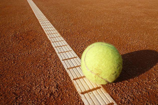 Weltbild.ch unterstützt Nachwuchs-Tennis