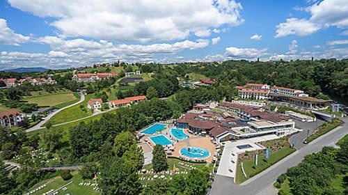 Quellenhotel**** Heiltherme Bad Waltersdorf - Österreichs einziges 2-Themeren-Resort