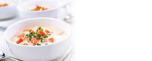 """###Karotten-Ingwer-Kokos-Suppe  Ingwer, die scharfe Wurzel, hilft bei Verdauungsbeschwerden, gegen Übelkeit, fördert die Durchblutung und wirkt gegen Erkältungen. Dieses exotische Rezept wird mit dem Probiotik-Eiweiss-Drink Variante Bouillon zubereitet und ist für forciertes Abnehmen geeignet.  {{ button href=""""/news/downloads/162-Karotten-Ingwer-Kokos-Suppe.pdf"""" text=""""Rezept gratis herunterladen""""}}"""