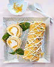 """###Die Freche: Orangen-Ziegenfrischkäse-Rolle   **Zubereitungszeit:**  60 Minuten ohne Kühlzeit **Backzeit:**  etwa 10 Minuten  {{ button href=""""https://www.weltbild.de/news/downloads/Ziegenfrischkaese.pdf"""" text=""""Rezept gratis herunterladen""""}}"""