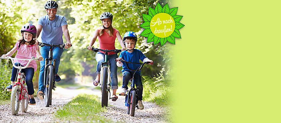 """#Ab nach draußen Es ist einfach wunderschön, im Sommer die Zeit draußen zu verbringen. Raus ins Grüne, mit dem Fahrrad die Gegend erkunden, tolle Wanderungen machen und schöne Stunden beim Grillen mit Freunden haben.  **Genießen Sie die Freiluft-Saison 2016!**  Sichern Sie sich tolle Angebote rund um die Themen:   * Grillen - [Grill-Zubehör, Grillrezepte...](#themenwelten-ab-nach-draussen-layout-aktionsflaeche-2-fahrraeder) * Gartenmöbel -  [Möbel-Sets, Sonnenliegen, Schirme...](#themenwelten-ab-nach-draussen-layout-aktionsflaeche-1-wandern) * Fahrrad-Spaß - [Fahrräder, E-Bikes, Kinderräder...](#themenwelten-ab-nach-draussen-layout-artikelliste-4-bild-fahrrad) * Wander-Vergnügen - [Ausrüstung, Accessoires...](#themenwelten-ab-nach-draussen-layout-artikelliste-2-bild-wandern) * Gartenspaß für Kinder - [spielen, toben & mehr](#themenwelten-ab-nach-draussen-layout-artikelliste-6-bild-kinderfahrzeuge)   <br>**Gleich reinklicken - es lohnt sich!** <a name=""""anker-ab-nach-draussen-grillen""""></a>"""