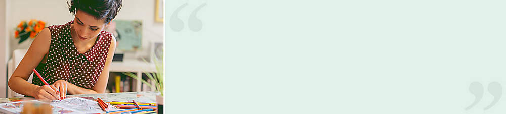 """""""Beim Abtauchen in die ZEN-Koloration verfliegt der Stress""""Julia H. (Weltbild-Kundin) meint:  *""""Einfach wunderschön! Die vielfältigen Motive können durch eigene Fantasie und Farbauswahl stimmungsvoll mit Leben gefüllt werden. Die qualitativ hochwertigen Stifte brechen weder beim Ausmalen noch Spitzen ab. Der schneeweisse Malkarton lässt sich auch mit Flüssig-, z.B. Aquarellfarben gut bearbeiten. Beim Abtauchen in die ZEN-Koloration verfliegt der Stress. Kann ich nur weiterempfehlen!""""*"""