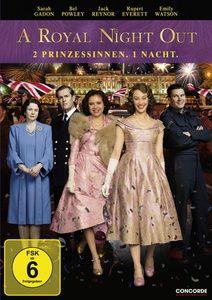 A Royal Night Out - 2 Prinzessinnen. 1 Nacht., Sarah Gadon, Bel Powley