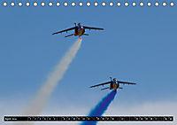 Augenblicke in der Luft: Patrouille de France (Tischkalender 2019 DIN A5 quer) - Produktdetailbild 4