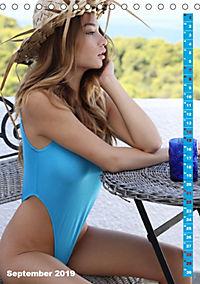 Beauties im Badeanzug (Tischkalender 2019 DIN A5 hoch) - Produktdetailbild 9