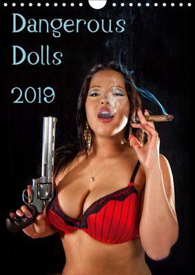 Dangerous Dolls 2019 (Wall Calendar 2019 DIN A4 Portrait), Stefan Schug