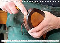 Das Handwerk der Schuhmacher (Tischkalender 2019 DIN A5 quer) - Produktdetailbild 2