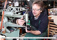 Das Handwerk der Schuhmacher (Wandkalender 2019 DIN A3 quer) - Produktdetailbild 1