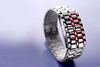 "Design-LED-Uhr ""Iron Samurai"", breit - Produktdetailbild 1"