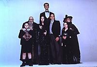 Die Addams Family in verrückter Tradition - Produktdetailbild 7