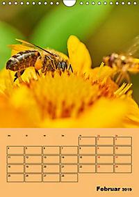 Die Biene und die Farbe gelb (Wandkalender 2019 DIN A4 hoch) - Produktdetailbild 2