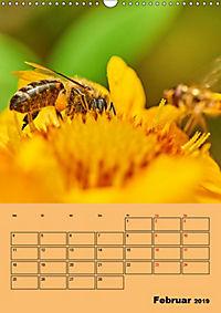 Die Biene und die Farbe gelb (Wandkalender 2019 DIN A3 hoch) - Produktdetailbild 2