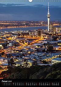 Die Stadt und ihre Lichter (Wandkalender 2019 DIN A3 hoch) - Produktdetailbild 1