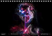 Electrified Faces - Lichtkunst Portraits (Tischkalender 2019 DIN A5 quer) - Produktdetailbild 6