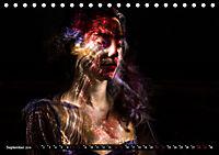 Electrified Faces - Lichtkunst Portraits (Tischkalender 2019 DIN A5 quer) - Produktdetailbild 9