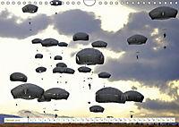 Fallschirmjäger 2019. Impressionen von Mensch und Material (Wandkalender 2019 DIN A4 quer) - Produktdetailbild 9