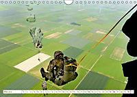 Fallschirmjäger 2019. Impressionen von Mensch und Material (Wandkalender 2019 DIN A4 quer) - Produktdetailbild 13