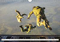 Fallschirmjäger 2019. Impressionen von Mensch und Material (Wandkalender 2019 DIN A4 quer) - Produktdetailbild 7