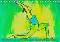 Farbige Yoga Kraftwelt - Yoga Asanas für die Chakren (Tischkalender 2019 DIN A5 quer) - Produktdetailbild 9
