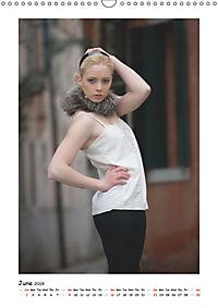Fashion / UK-Version (Wall Calendar 2019 DIN A3 Portrait) - Produktdetailbild 6
