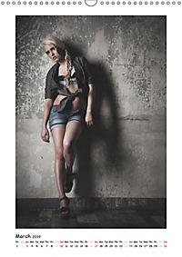 Fashion / UK-Version (Wall Calendar 2019 DIN A3 Portrait) - Produktdetailbild 3