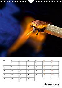 Feuer und Rauch Verbrennen (Wandkalender 2019 DIN A4 hoch) - Produktdetailbild 1