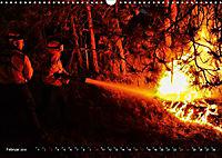 Feuerwehr - Leben mit der Gefahr (Wandkalender 2019 DIN A3 quer) - Produktdetailbild 2
