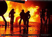 Feuerwehr - Leben mit der Gefahr (Wandkalender 2019 DIN A3 quer) - Produktdetailbild 3